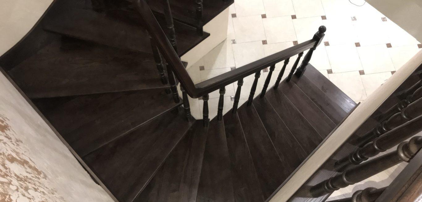 лестница из дерева, лестница